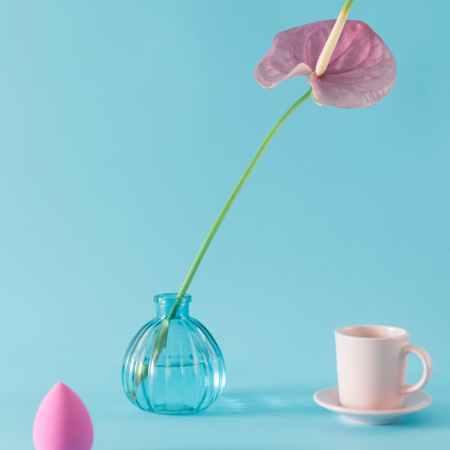 makeup sponge flower coffee